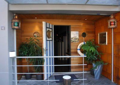 Chez le Capitaine Restaurant Auvelais