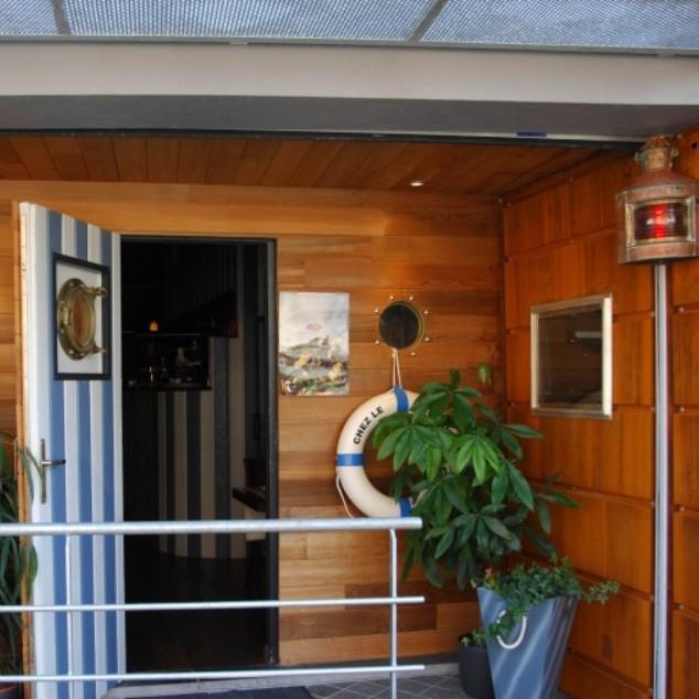 Chez le Capitaine Restaurant à Auvelais
